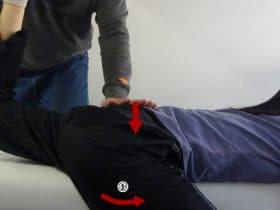 大腿直筋、大腰筋のパートナーストレッチ